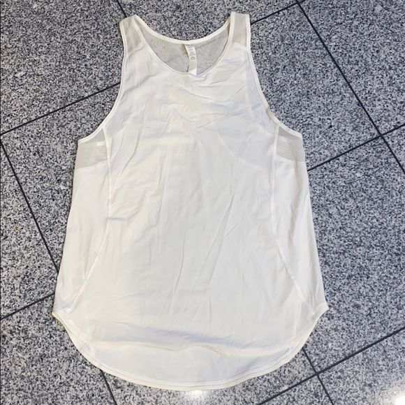 Lululemon white w/ mesh detail athletic sport top